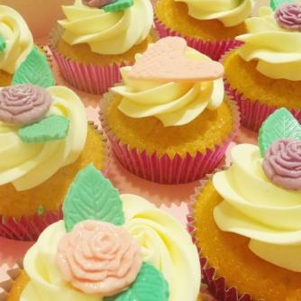 Roses Cupcakes By Ninart